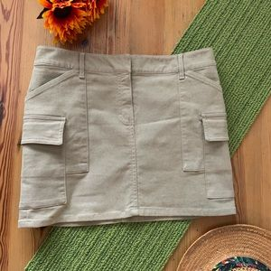 THEORY 6 Tan cargo skirt